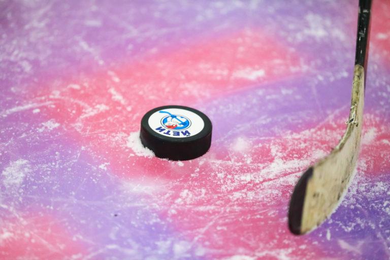 В России открывается производство клюшек для игры в следж-хоккей