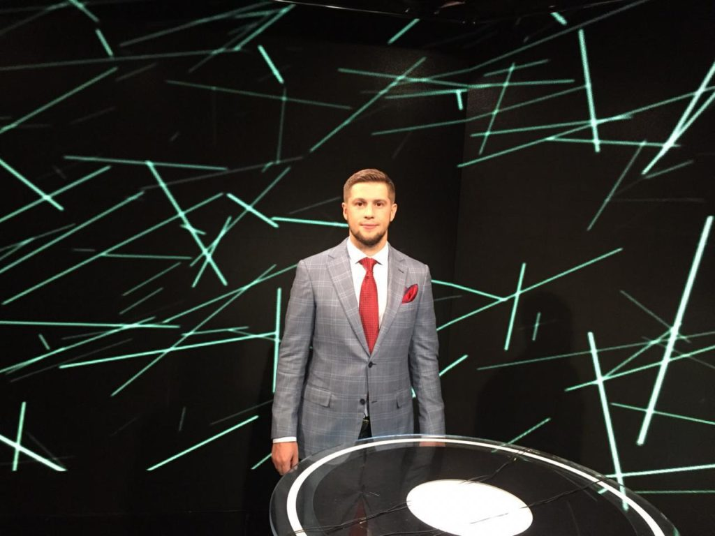 Учись у звезд! Владимир Гучек, Артем Божко и Алексей Лебедев - проведут онлайн уроки в школе Спортивной журналистики.