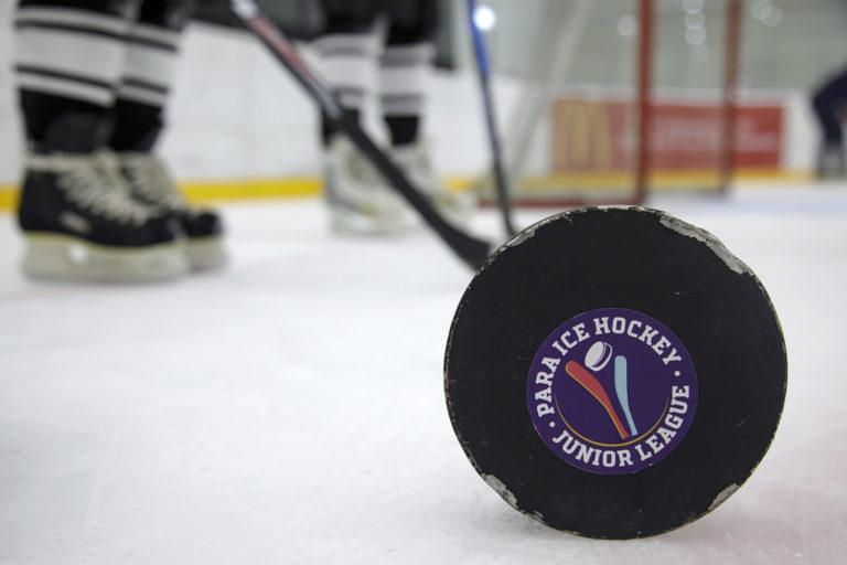 Игра в слепую или как сыграть в хоккей на слух?