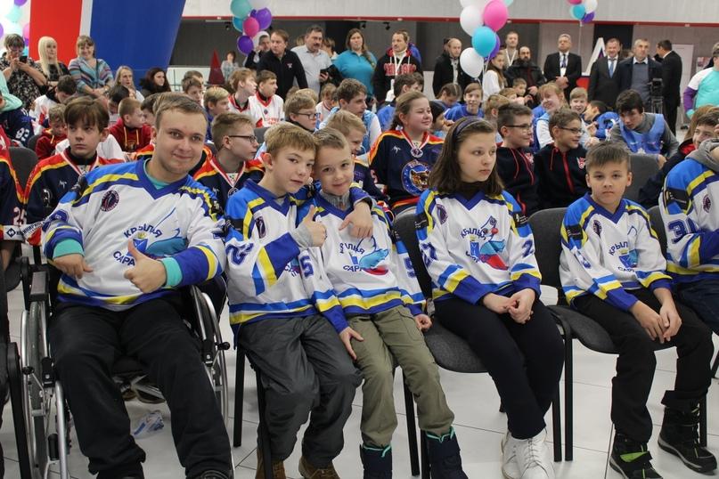 Хоккей для глухих
