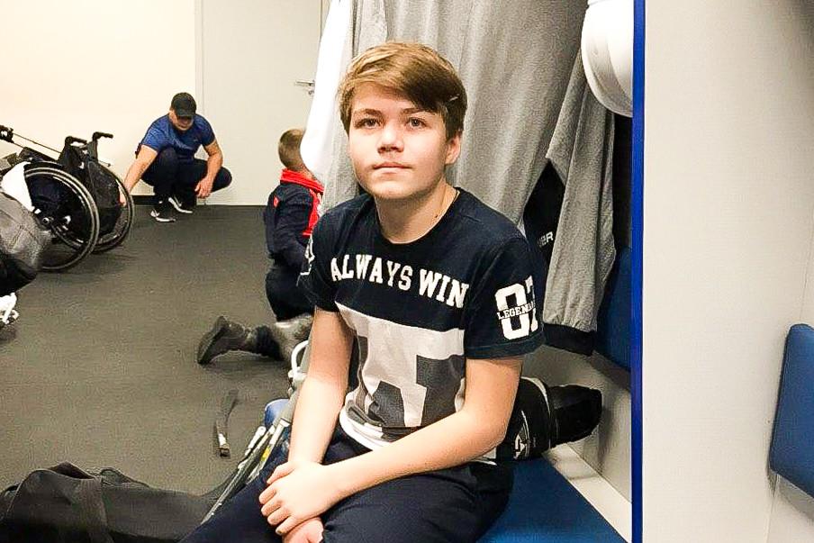 Горячие сердца следж-хоккея: как спорт научил детей с инвалидностью не чувствовать себя изгоями
