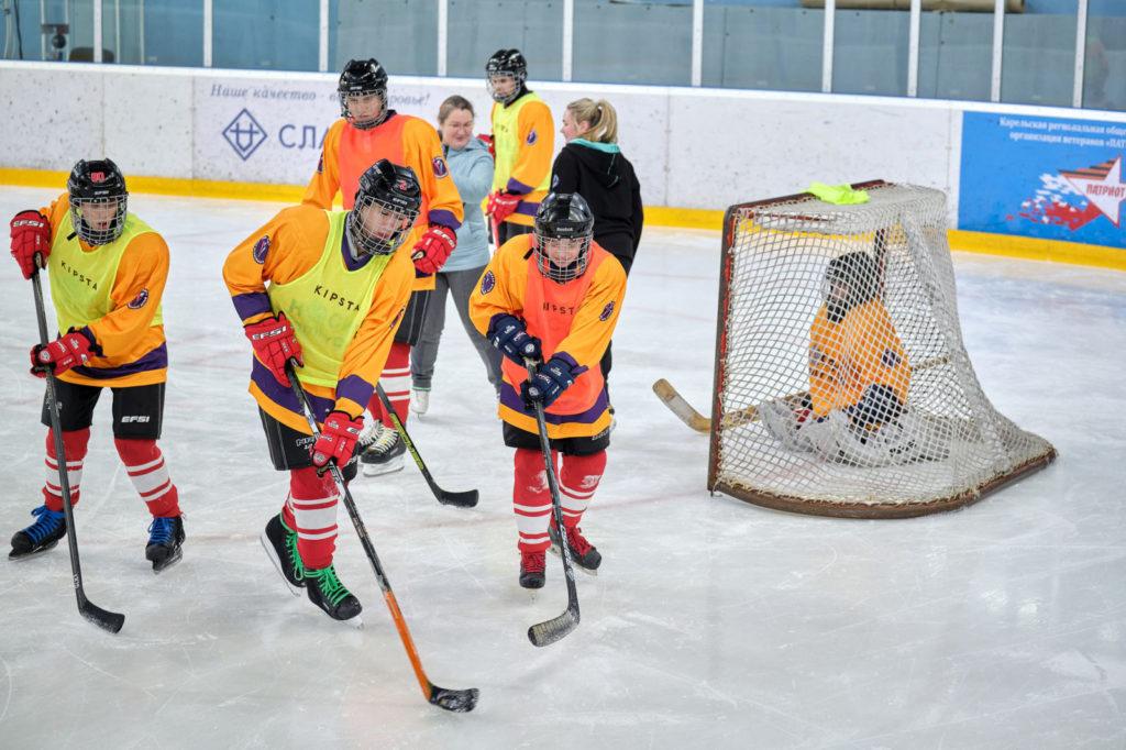 """Hockey Family Camp"" в Карелии"