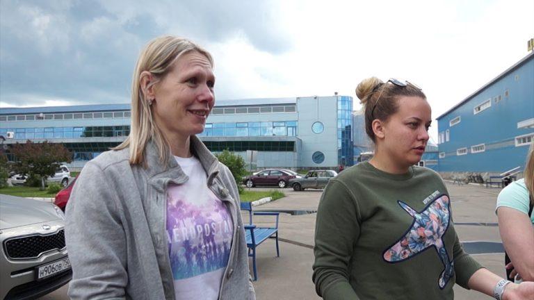 Звёзды российского хоккея Екатерина Смоленцева и Мария Сорокина провели мастер-класс для девочек