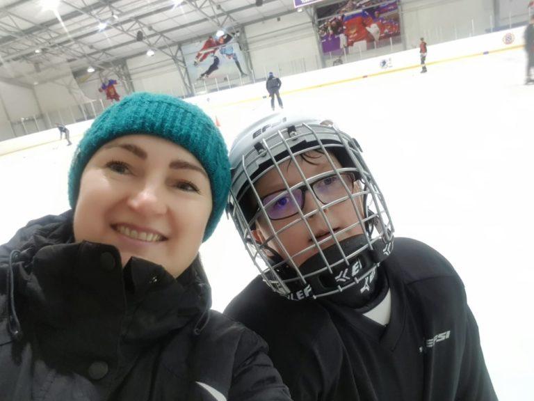 Ольга Созыкина: «Два года назад мы подумать не могли, что сын будет играть в хоккей. Хотя ему очень хотелось!»