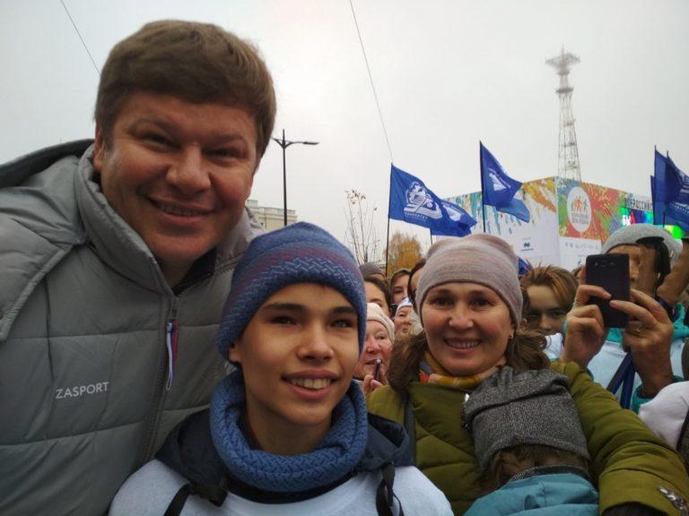 Оксана и Алексей Пономаревы: «Никогда не думали, что вратарская клюшка пригодится сыну в жизни. Но чего только не бывает!»