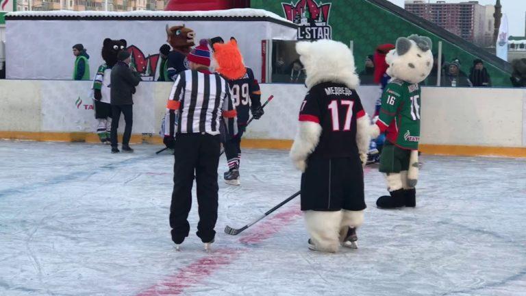 Маскоты клубов КХЛ сыграли в хоккей с «Крыльями»