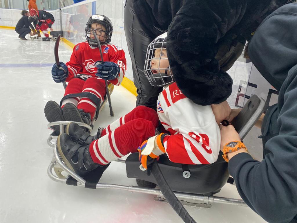 Занятия хоккеем дают новый толчок в физическом и психологическом развитии детей с ОВЗ
